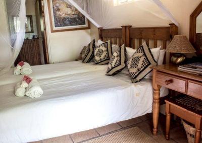Nsele_Safari_Lodge_Twin_Bed-2-Chalets